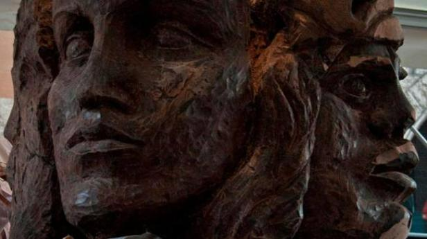 sculture-di-cioccolato_53992239_650x365